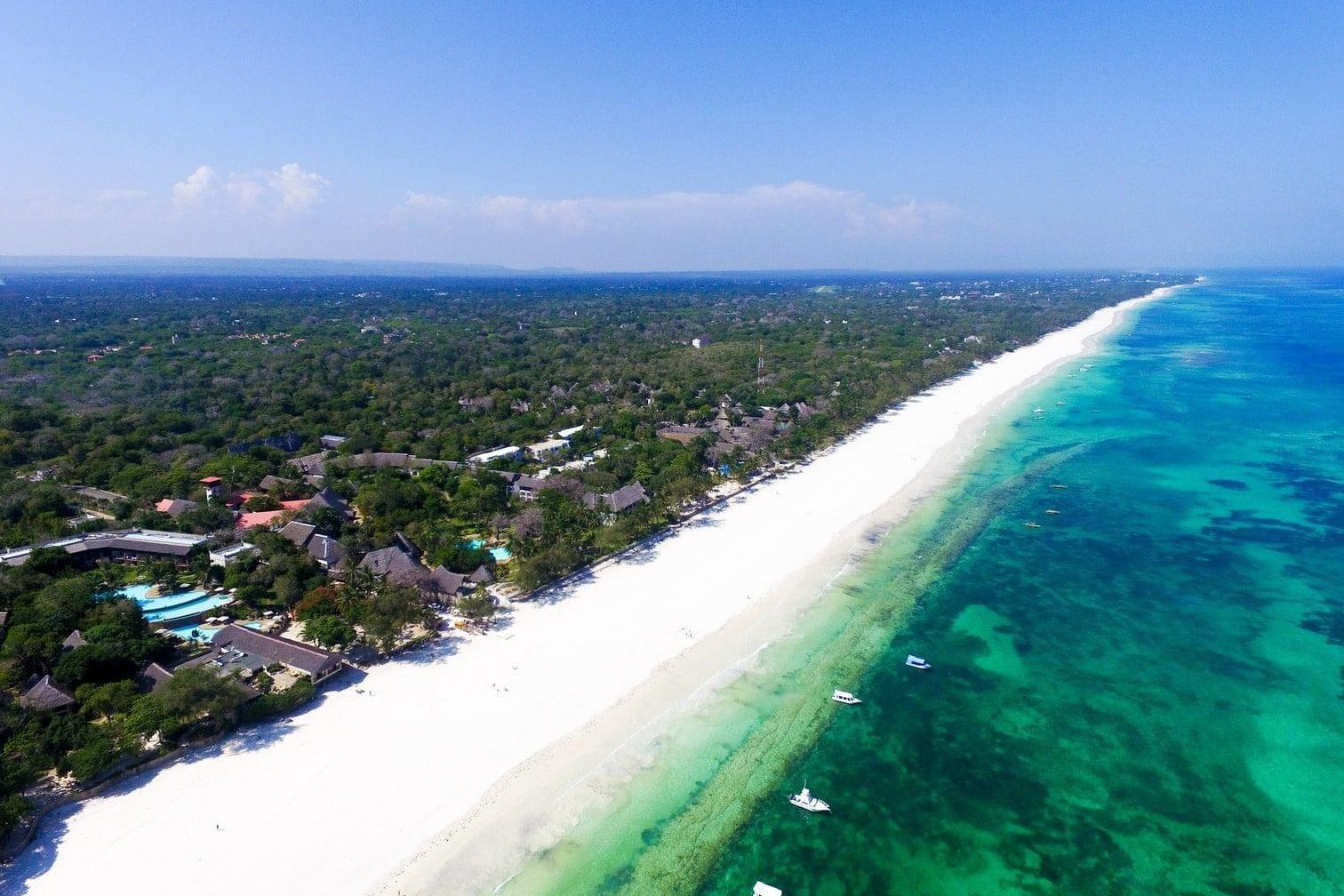 doch dafür wird man vor Ort mit feinem weißen Sand und absoluter Einsamkeit entschädigt.</p> Foto: beach-inspector .com