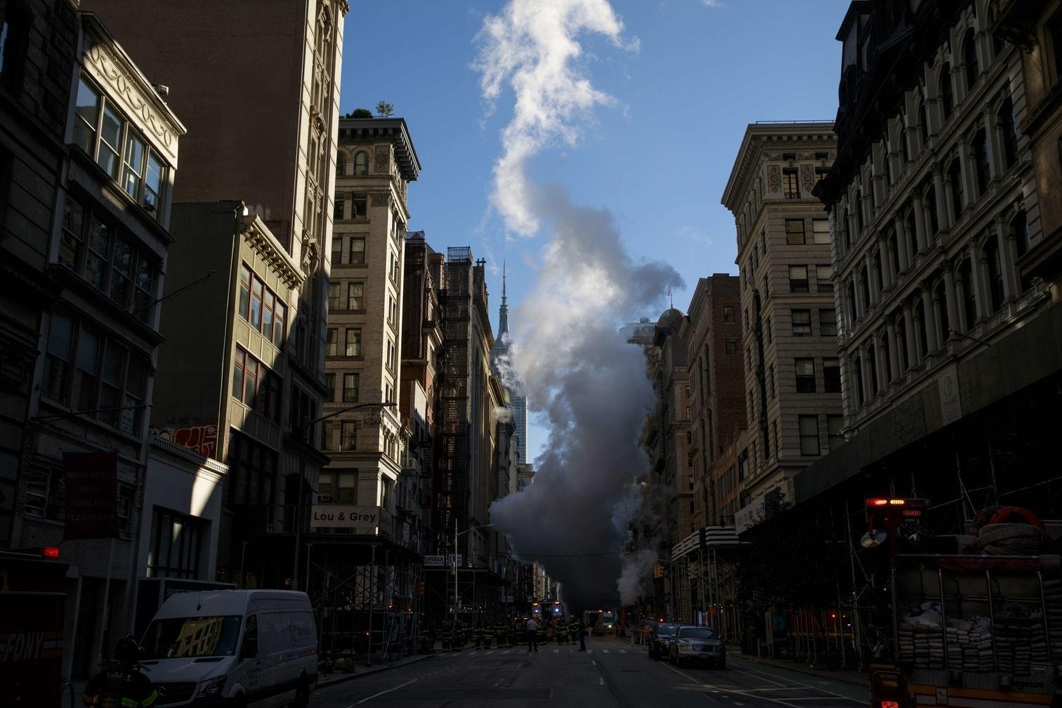 <p>Im Untergrund New Yorks verlaufen mehr als 150 Kilometer Dampfleitungen.</p> Foto: AFP