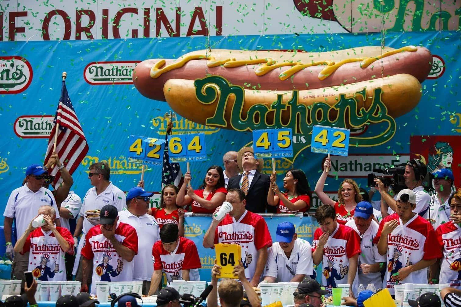 <p>Sehen Sie weitere Bilder vom spektakulären Wettbewerb.</p> Foto: AFP