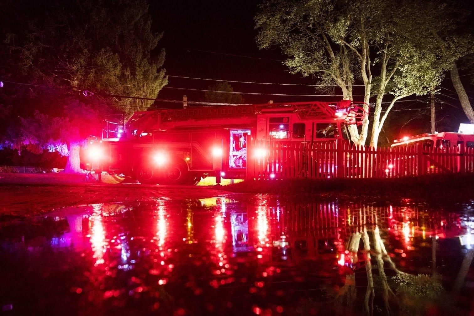 <p>Rettungskräfte seien zu 70 Häusern in drei Kleinstädten im US-Bundesstaat Massachusetts gerufen worden