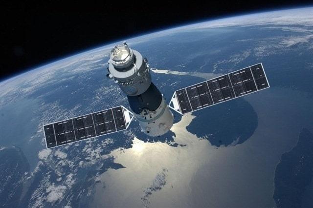 <p>MIR - 1986 schoss die Sowjetunion die Basis für die Raumstation Mir ins All