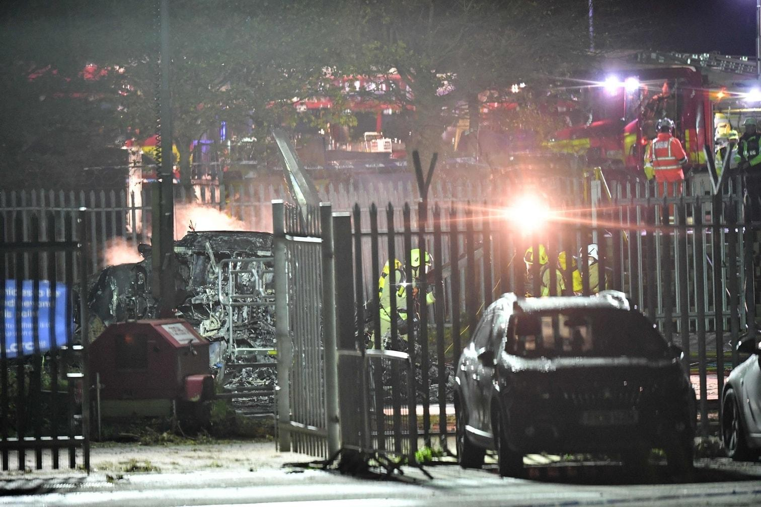 <p>Augenzeugen zufolge crashte der Hubschrauber kurz nach dem Abheben zu Boden