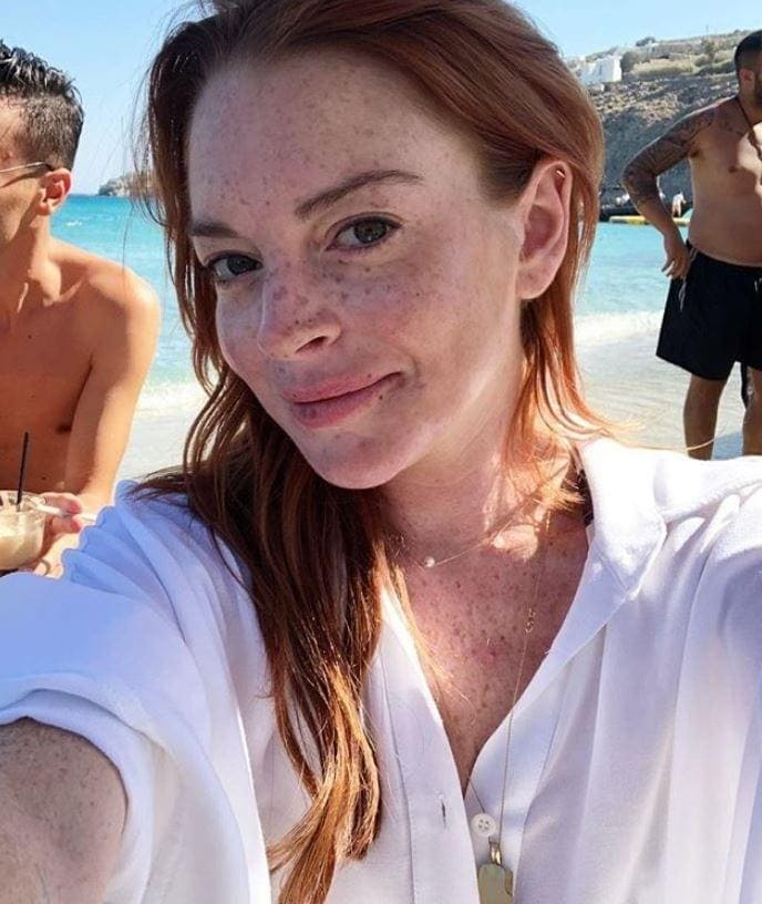 <p>In diesem Bild zeigt sich Kylie mal ganz natürlich – mit einem verträumten Blick und minimalem Make-up.</p> Foto: Screenshot Instagram