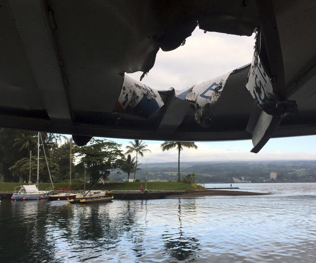 <p>Auf einem Tourboot vor Hawaii sind 23 Menschen durch eine Explosion und Lava verletzt worden.</p> Foto: dpa