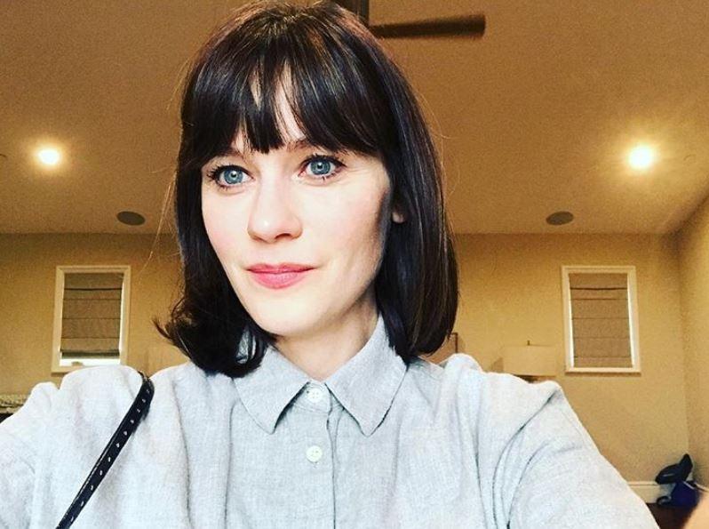 <p>Im Alltag sieht sie aber ziemlich normal aus: An ihrem 44. Geburtstag hat sie dieses natürliche Foto gepostet. Uns gefällt ihr süßes Gesicht ganz ohne Schminke.</p> Foto: Screenshot Instagram