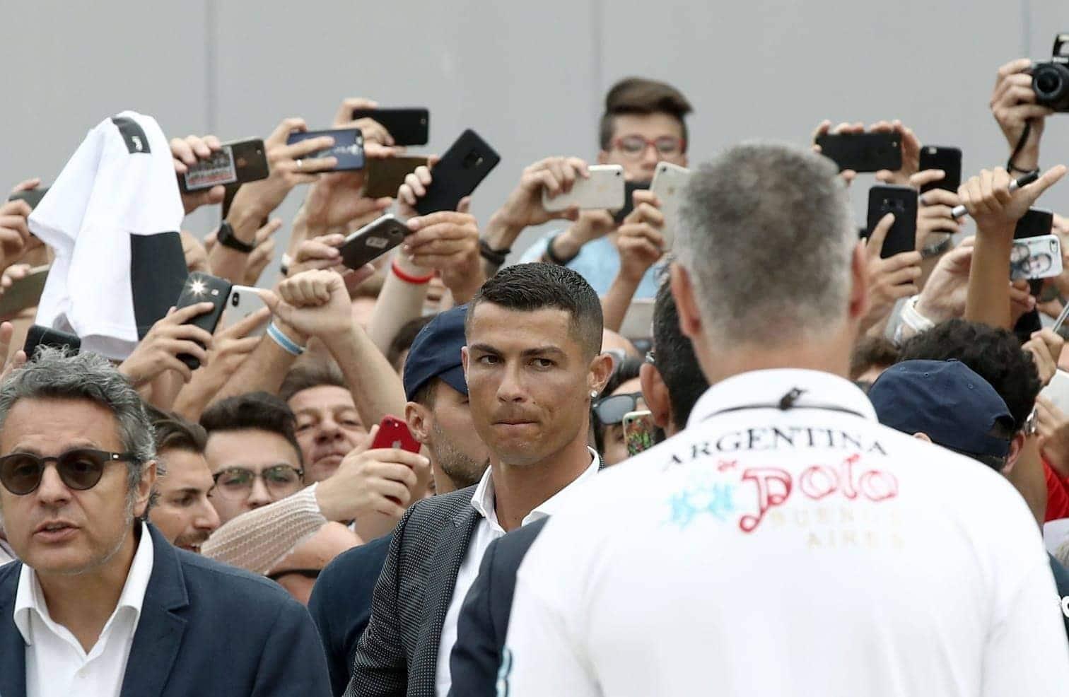 <p>Fünf Mal gewann er die Champions League mit Manchester United und Real Madrid. Hunderte Tore gingen auf sein Konto.&nbsp;</p> Foto: AFP
