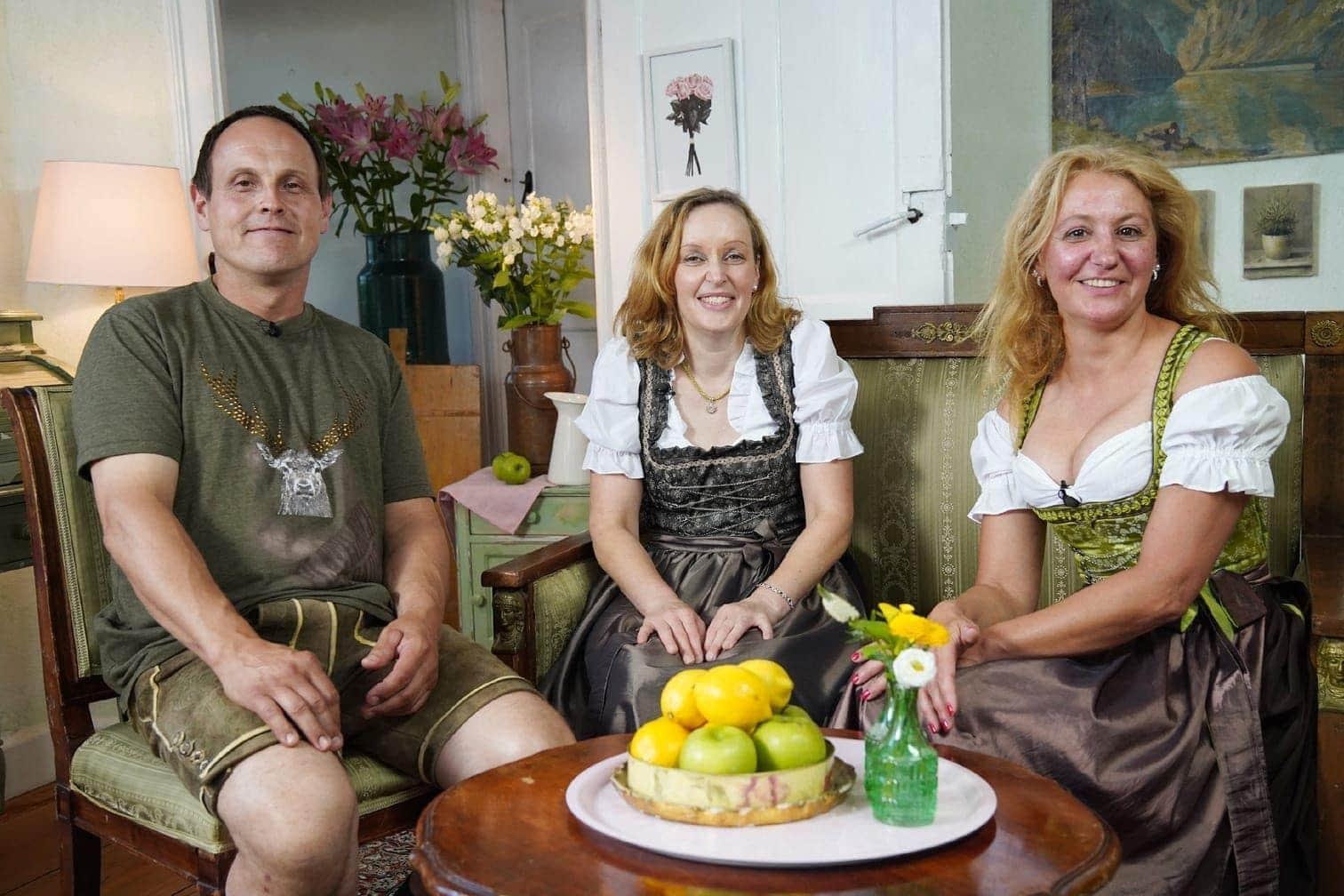 <p>Kuhbauer Leopold (49) aus Österreich präsentierte sich hingegen wortkarg und desinteressiert gegenüber seinen auserwählten Damen.</p> Foto: MG RTL D / Stefan Gregorowius