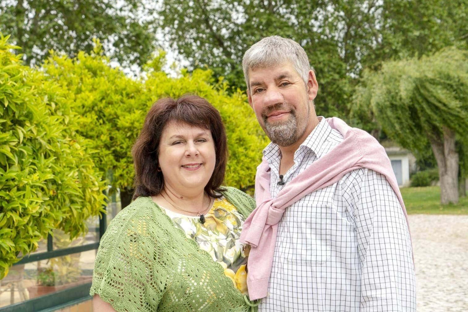 <p>Der kölsche TV-Kultstar Frank Fussbroich und seine Ehefrau Elke Fussbroich wagen sich ebenfalls in die RTL-Show.</p> Foto: MG RTL D / Max Kohr