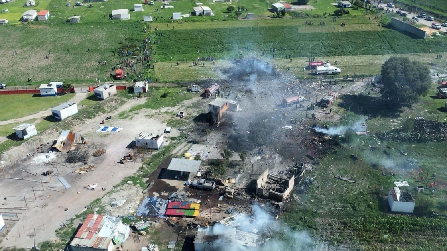 <p>Weitere 49 wurden bei dem Unglück in der Gemeinde Tultepec verletzt