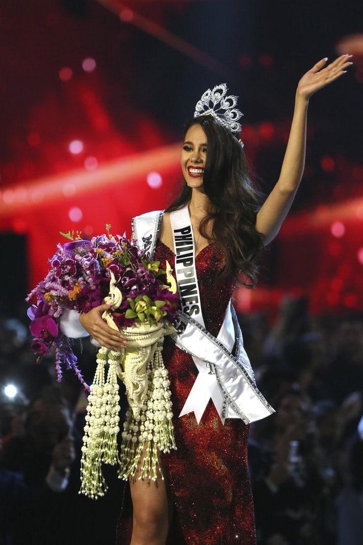 <p>Insgesamt hatten es zehn nationale Schönheitsköniginnen aus aller Welt in die mehrstündige Endrunde geschafft. Gray löst nun die Südafrikanerin Nel-Peters ab
