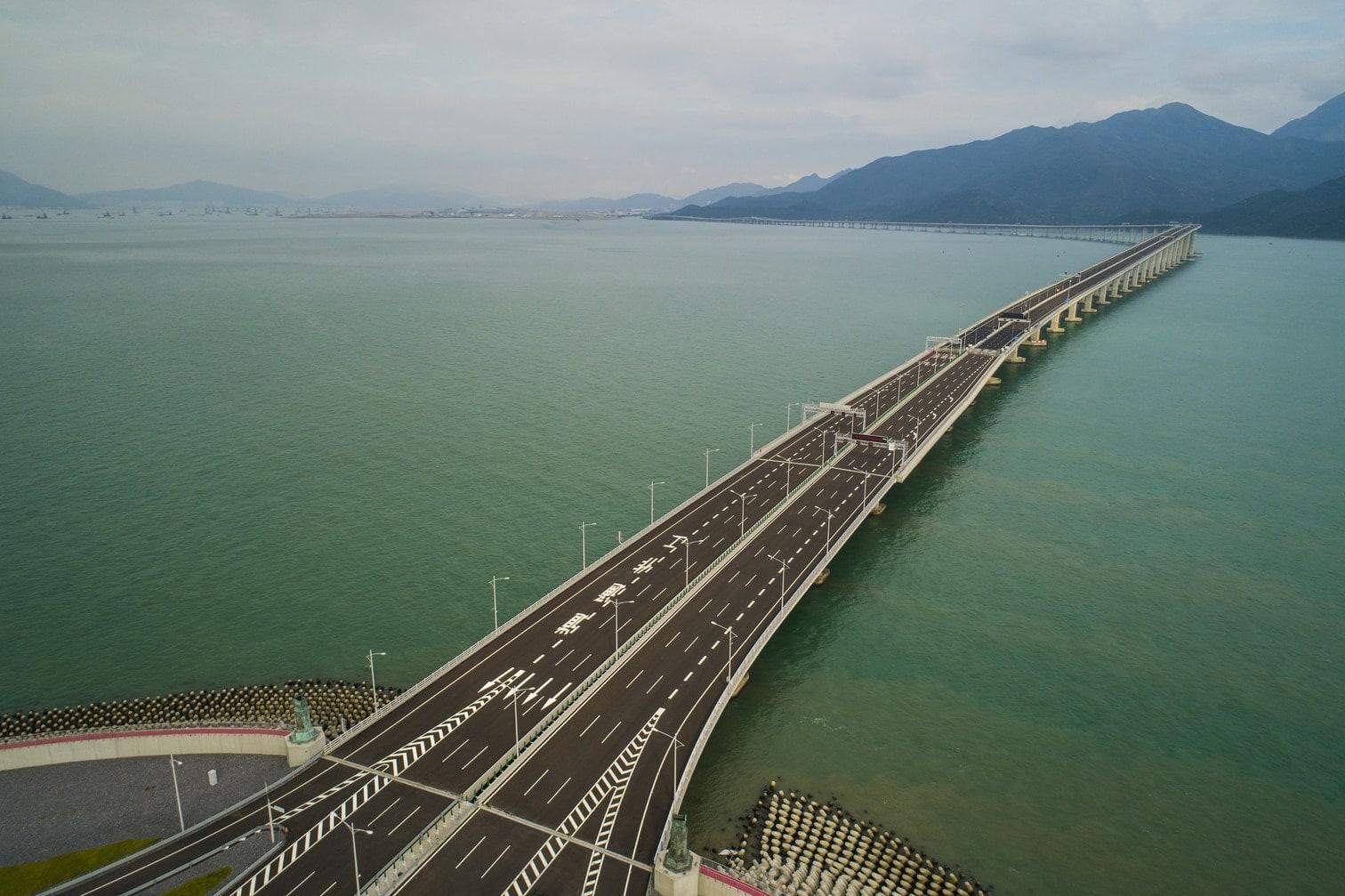 <p>Die Region zählt zu den wirtschaftlich stärksten in ganz China. Kritiker des Mammutprojekts beklagen die hohen Kosten