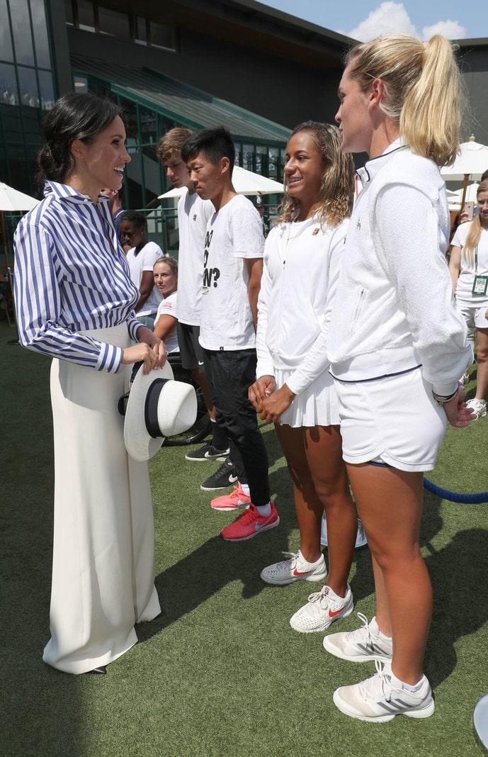 <p>Die beiden kamen für das Spiel zwischen US-Tennisstar Serena Williams (36) und der deutschen Angelique Kerber (30) im Finale der Frauen.</p> Foto: dpa