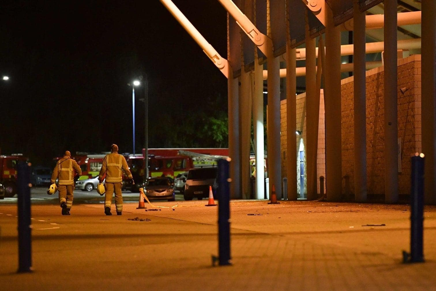 <p>Zunächst gab es keine offiziellen Angaben über die Insassen des Hubschraubers und ihren Gesundheitszustand. </p> Foto: AFP/Ben Stansall