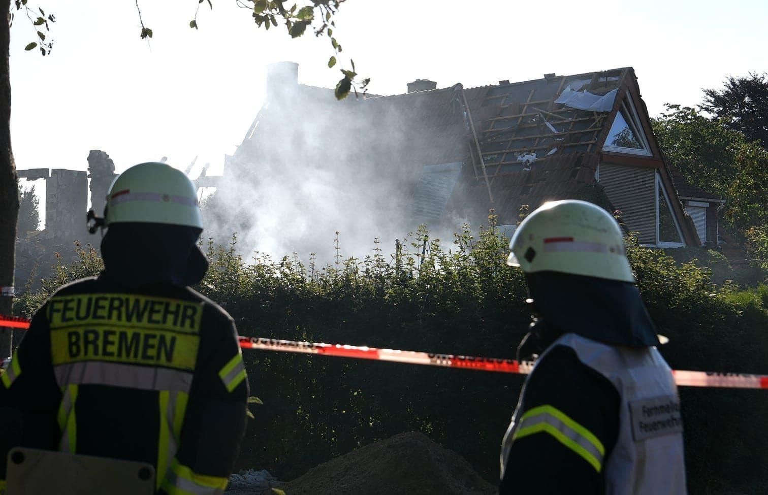 <p>Bei einer Explosion in einem Bremer Wohnhaus sind drei Menschen ums Leben gekommen.</p> Foto: dpa