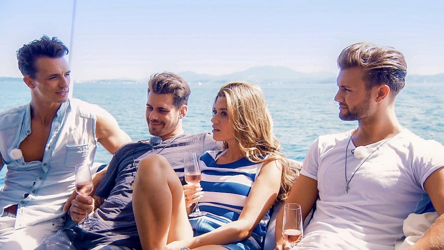 <p>Für die Bachelorette und ihre Jungs geht es in der sechsten Folge mit einem Katamaran auf die hohe See.</p> Foto: MG RTL D