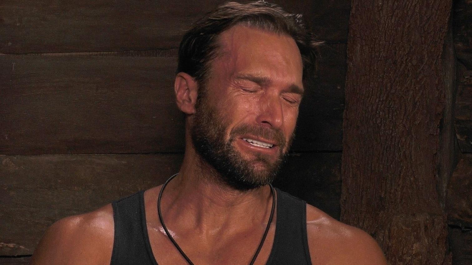 <p>Auch an Tag 11 war im Dschungel wieder einiges los: Tommi Piper muss ausziehen und Chris Töpperwien lästert mal wieder. Über wen? Bastian Yotta natürlich. Der Protz-Millionär lässt einmal mehr seinen Emotionen freien lauf.</p>