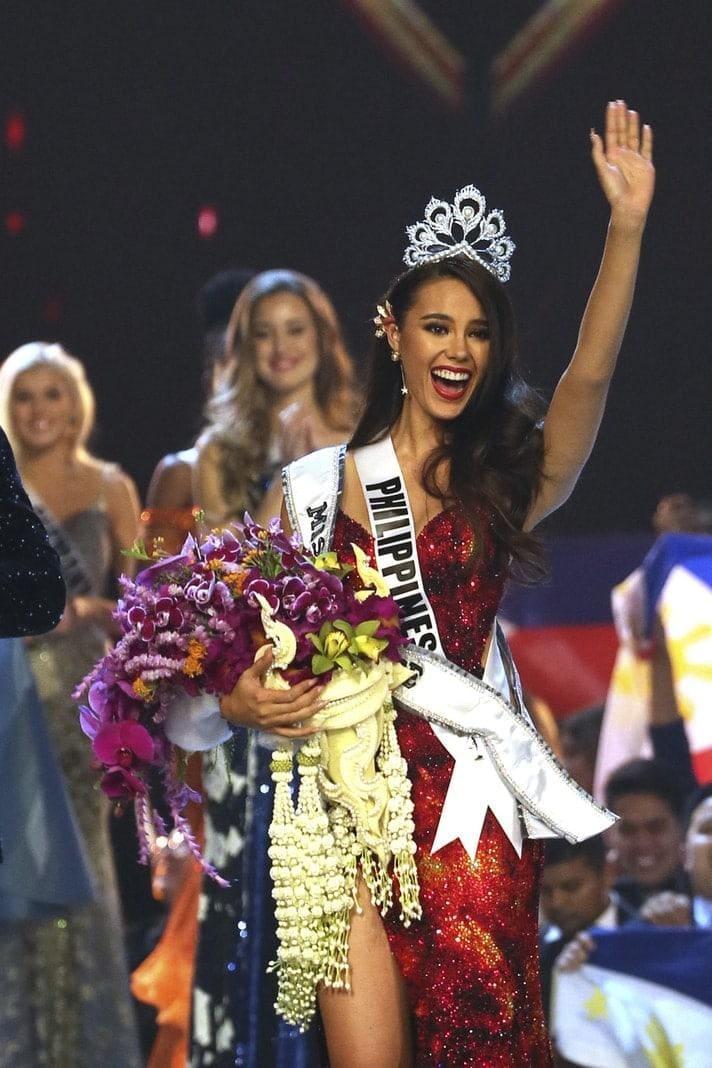 """<p>Im thailändischen Bangkok wurde der """"Miss Universe""""-Wettbewerb ausgetragen. Am Ende entschied Catriona Gray von den Philippinen das Rennen für sich und setzte sich damit gegen 93 Mitbewerberinnen durch.</p> Foto: dpa/Germanu Amarasinghe"""