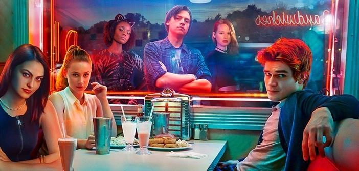 <p><span>In der US-Comedyserie&nbsp;</span><span>Modern Family</span><span>&nbsp;geht es um die unterschiedlichen Lebensmodelle dreier teilweise miteinander verwandter Familien. Lustig