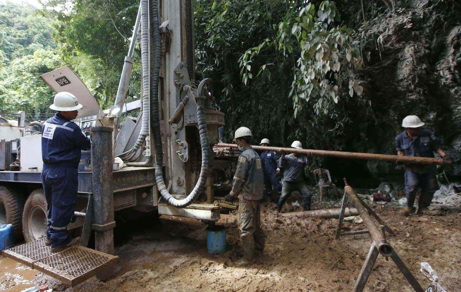 <p>In Thailand geht die Suche nach dem seit rund zehn Tagen in einer Höhle verschollenen Jugend-Fußballteam mit unverminderter Intensität weiter.</p> Foto: dpa