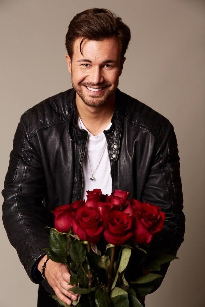 <p>Vadim (27)