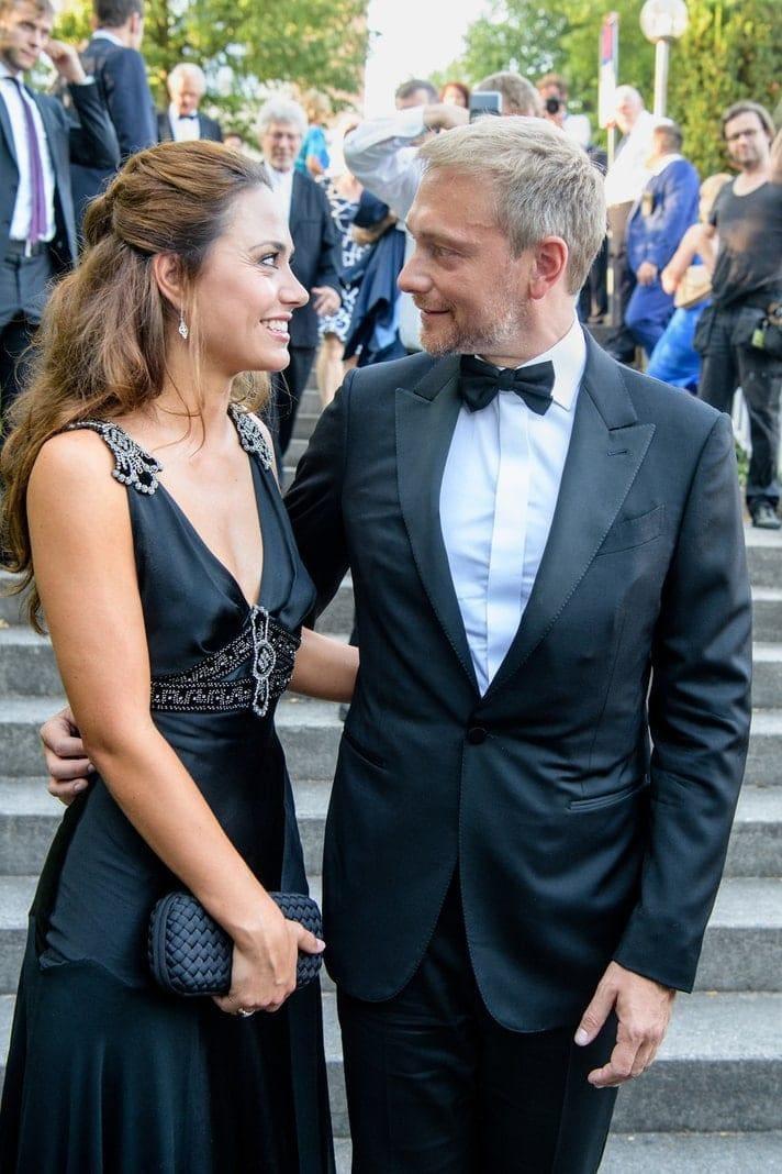 <p>Lindner und seine Frau Dagmar Rosenfeld (43) &ndash; ebenfalls eine Journalistin &ndash; hatten sich im April getrennt.</p> Foto: dpa