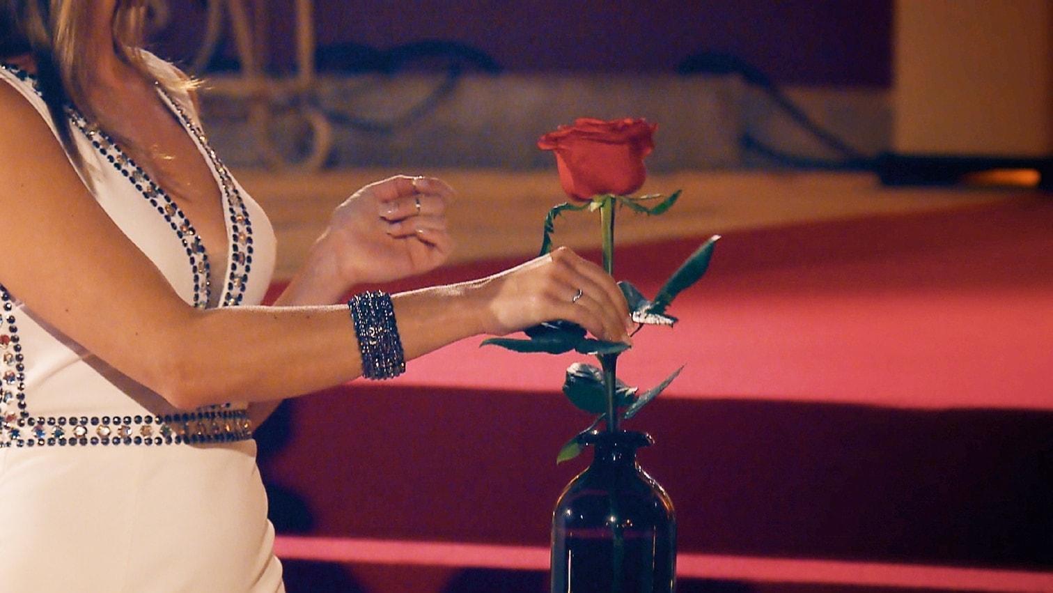<p>Wer bekommt eine Rose und wer nicht?</p> Foto: MG RTL D