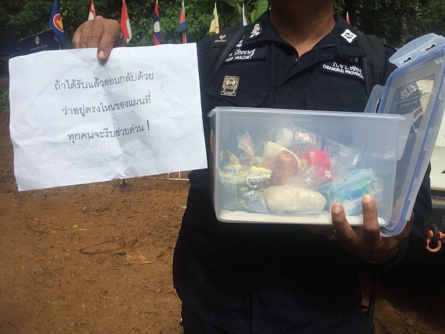 wie Provinzgouverneur Narongsak Osotthanakorn Journalisten sagte.</p> Foto: dpa