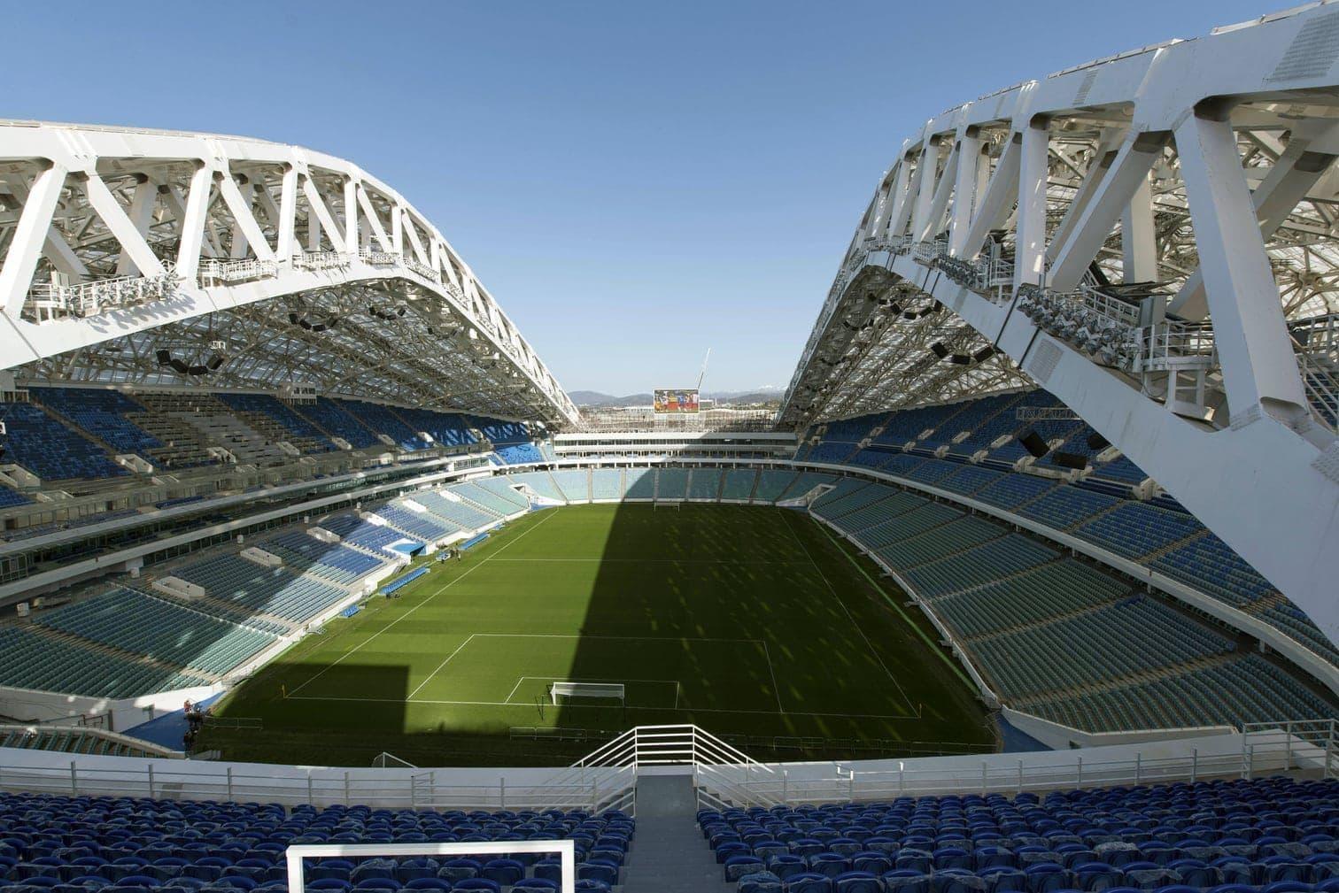 sollte den Gorki Park besuchen. Moskau hat zwei WM-Stadien: die Arena des Traditionsclubs Spartak sowie das renovierte Luschniki-Stadion