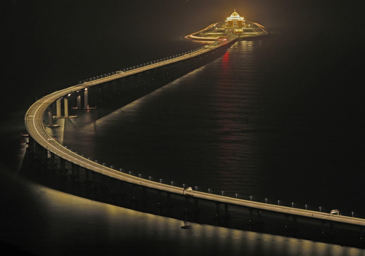 """<p>""""Ich erkläre die Hongkong-Zhuhai-Macau-Brücke offiziell für eröffnet"""""""