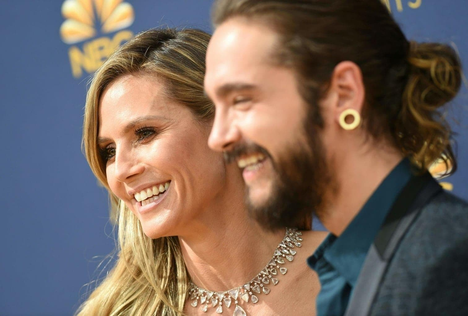 figurbetonter Robe zur Emmy-Verleihung.</p> Foto: AFP