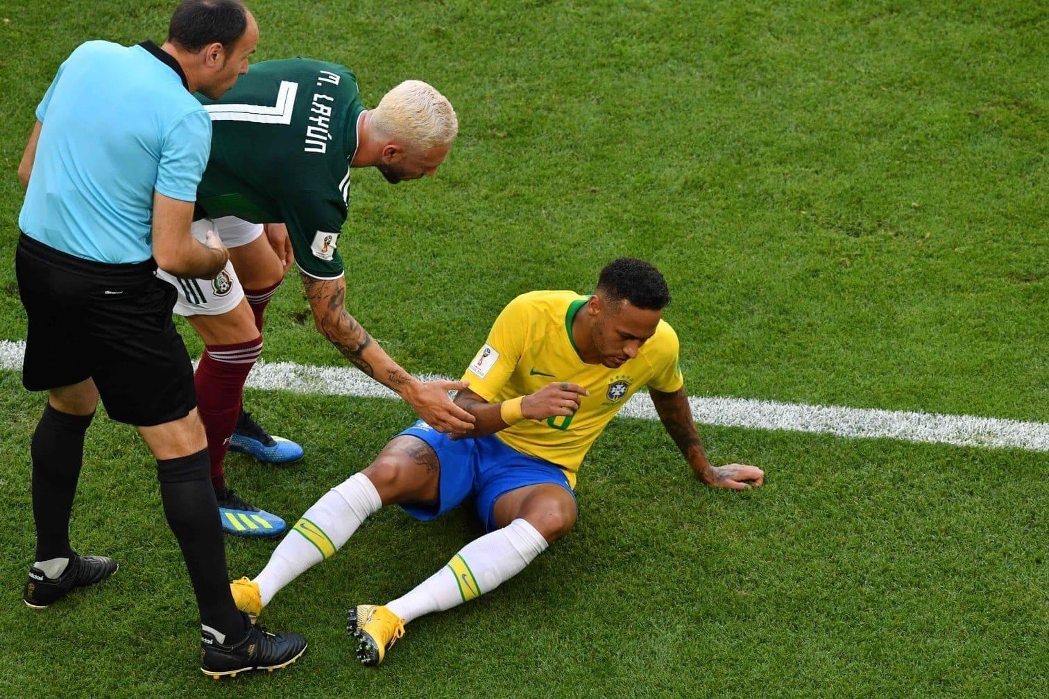 Neymar - nach dem brasilianischen 2:0 (0:0) im WM-Achtelfinale gegen Mexiko drehte sich wieder einmal alles nur um den Superstar von Paris Saint-Germain.</p> Foto: AFP