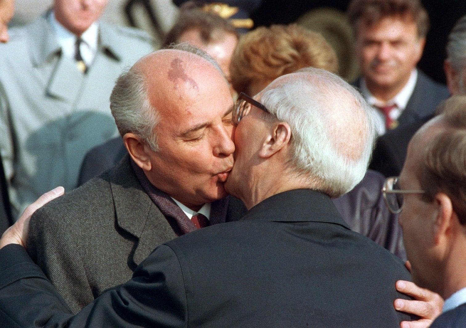 löste das ein Erdbeben aus. Das Bild wurde schnell zu einem der berühmtesten Momente in der Geschichte der MTV Award Shows.</p> Foto: AFP