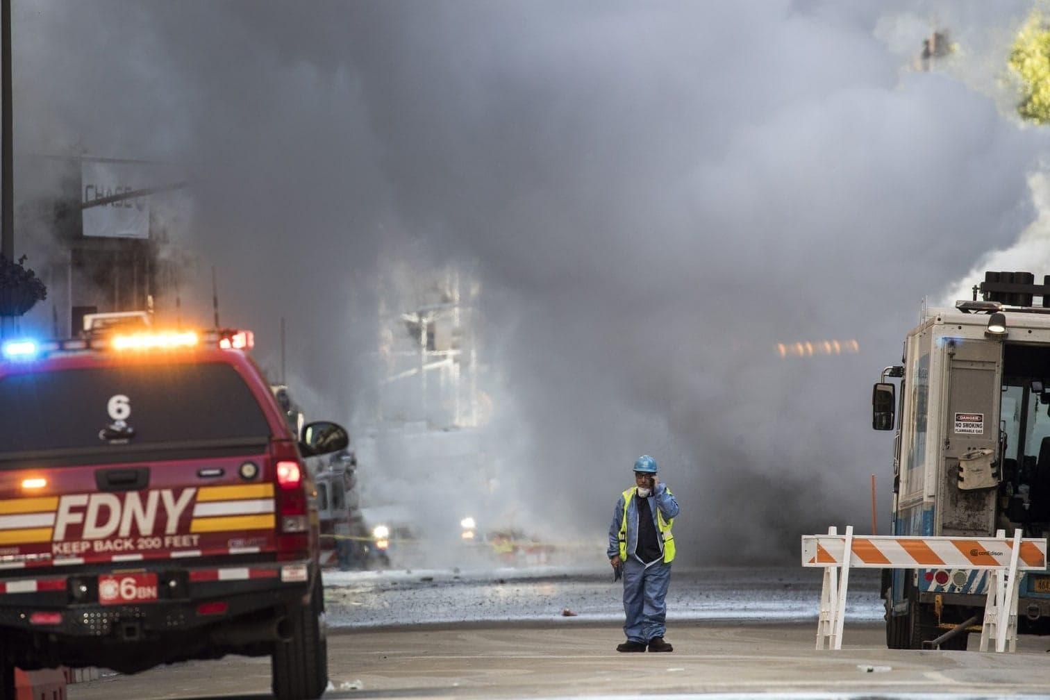 teilte die New Yorker Feuerwehr mit.</p> Foto: AFP
