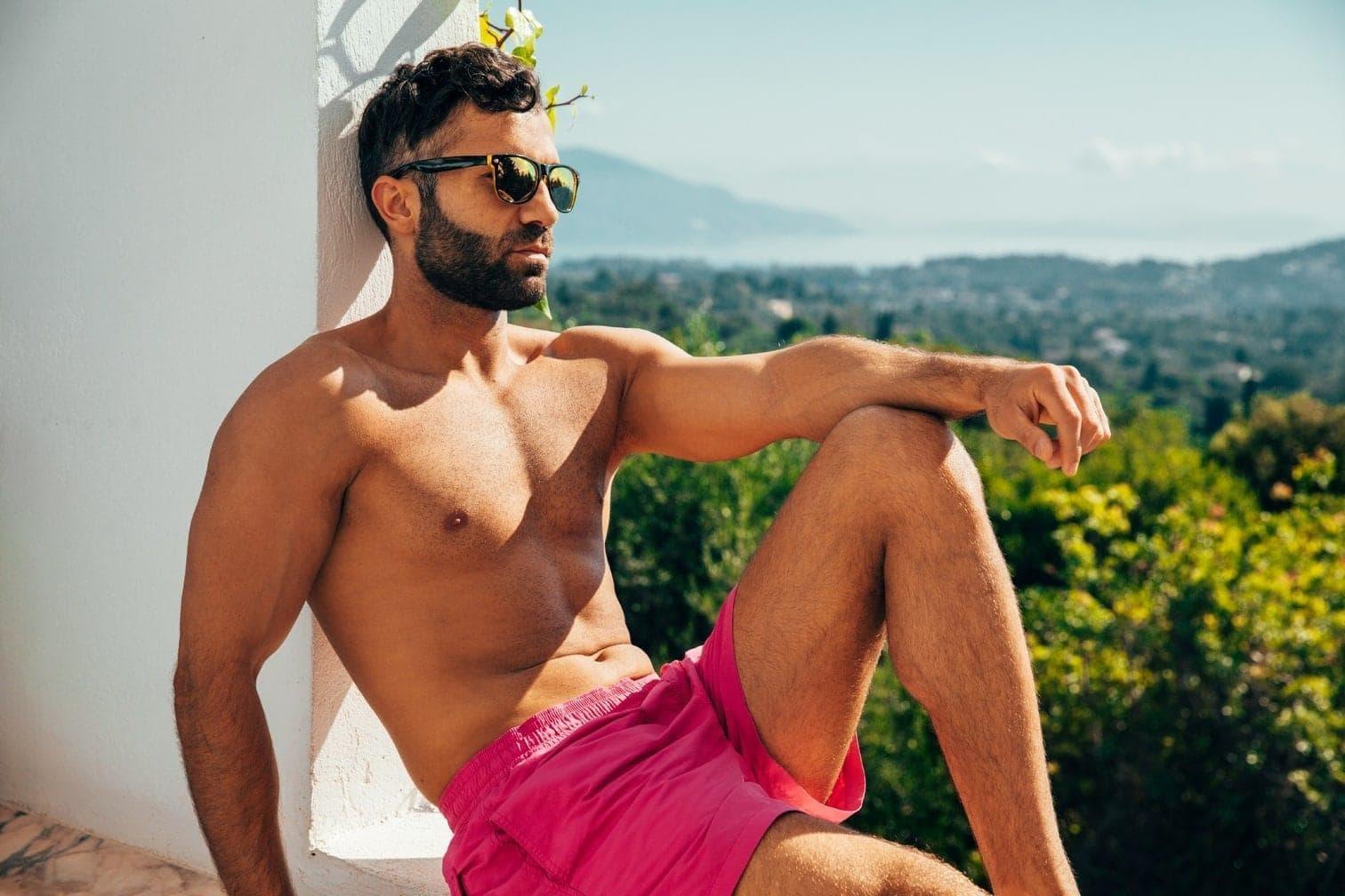 """Stilettos statt Stollen: Nach der WM ist vor """"Die Bachelorette"""" - Die Saison in Sachen heiße Küsse und kalte Abfuhr wird wieder eröffnet. 20 gestandene und garantiert attraktive Single-Männer sind nach Korfu gereist"""
