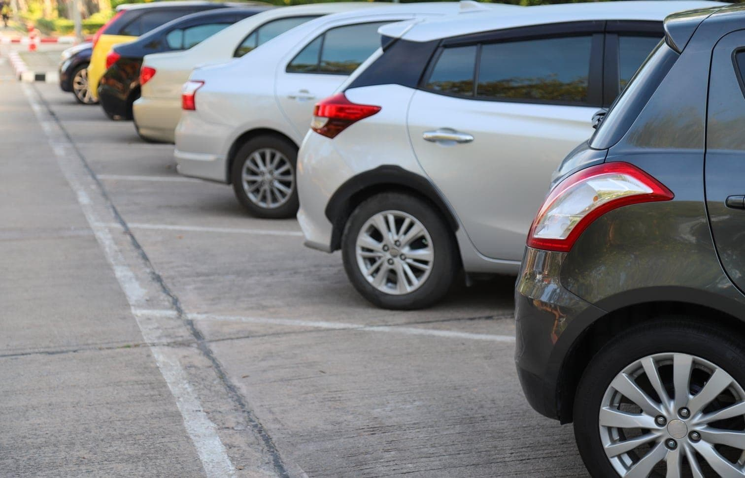 autos parken parkplatz