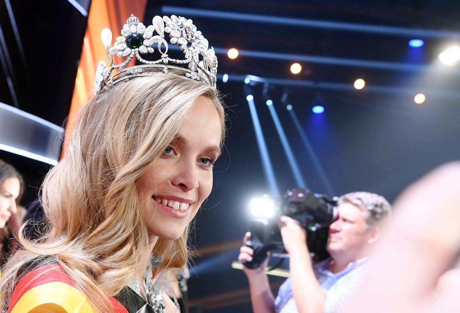 """<p>Die Polizeibeamtin Nadine Berneis aus Stuttgart ist die neue """"Miss Germany"""".</p> Foto: dpa/Ulu Deck"""