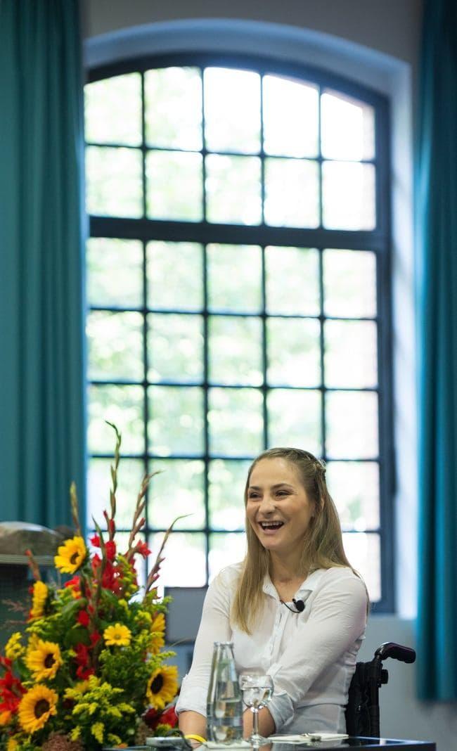 sagte die 27 Jahre alte Sportlerin am Mittwoch auf einer Pressekonferenz im Unfallkrankenhaus Berlin-Marzahn.</p> Foto: dpa