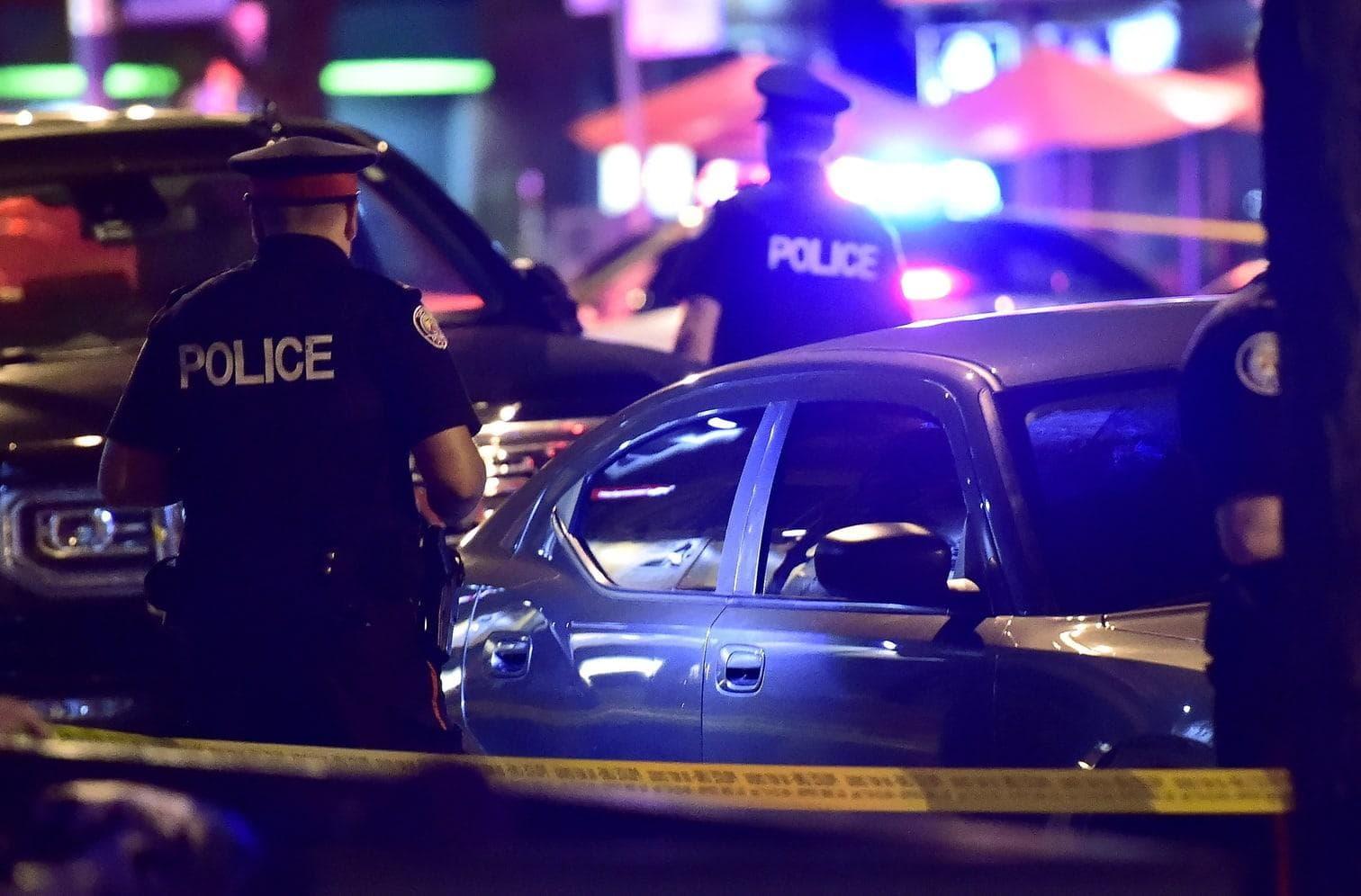 teilte die Polizei am Sonntagabend (Ortszeit) mit.</p> Foto: dpa
