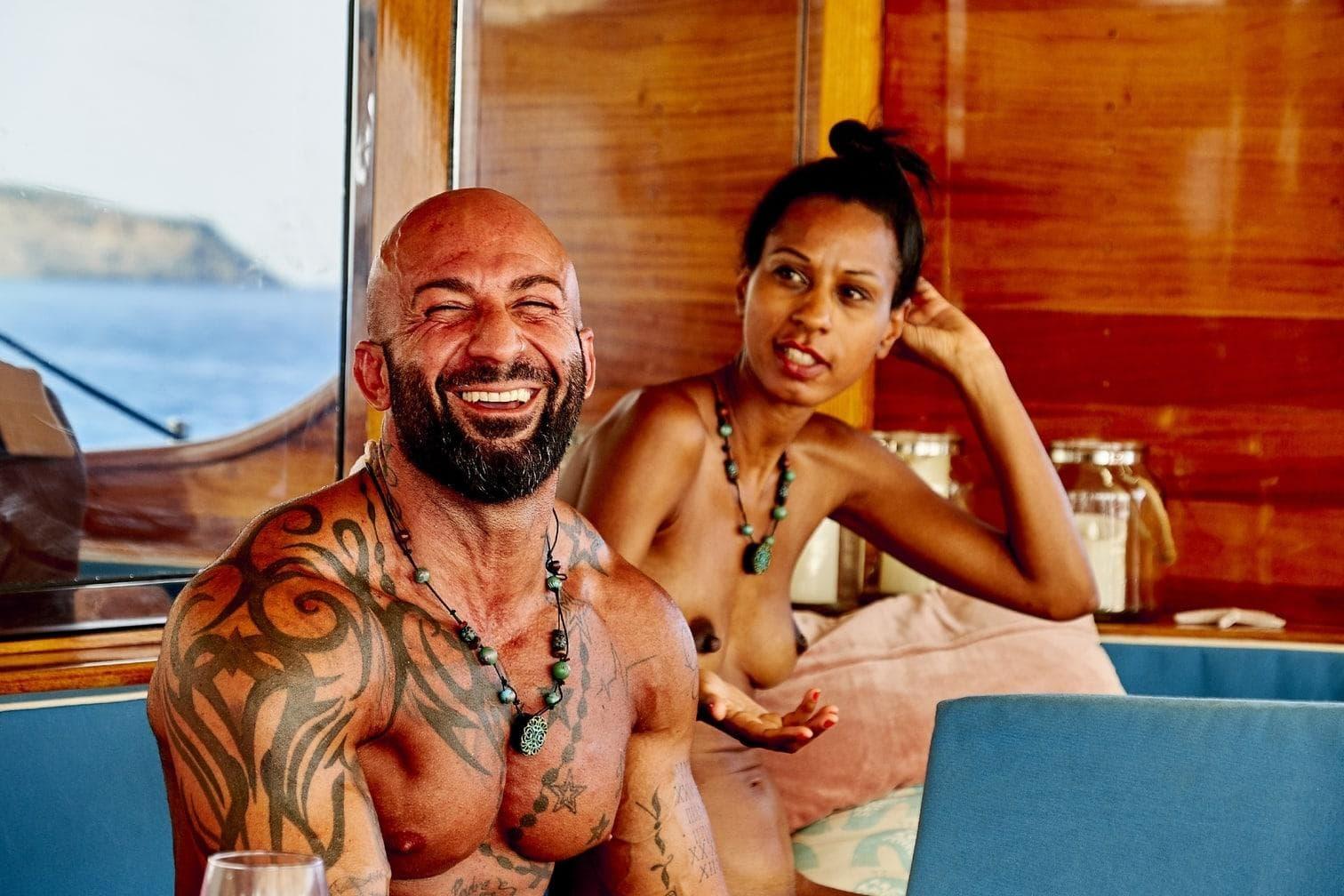 beiJan Sokolowsky wirken schon seine Tattoos wie eine zweite Haut.</p> Foto: MG RTL D