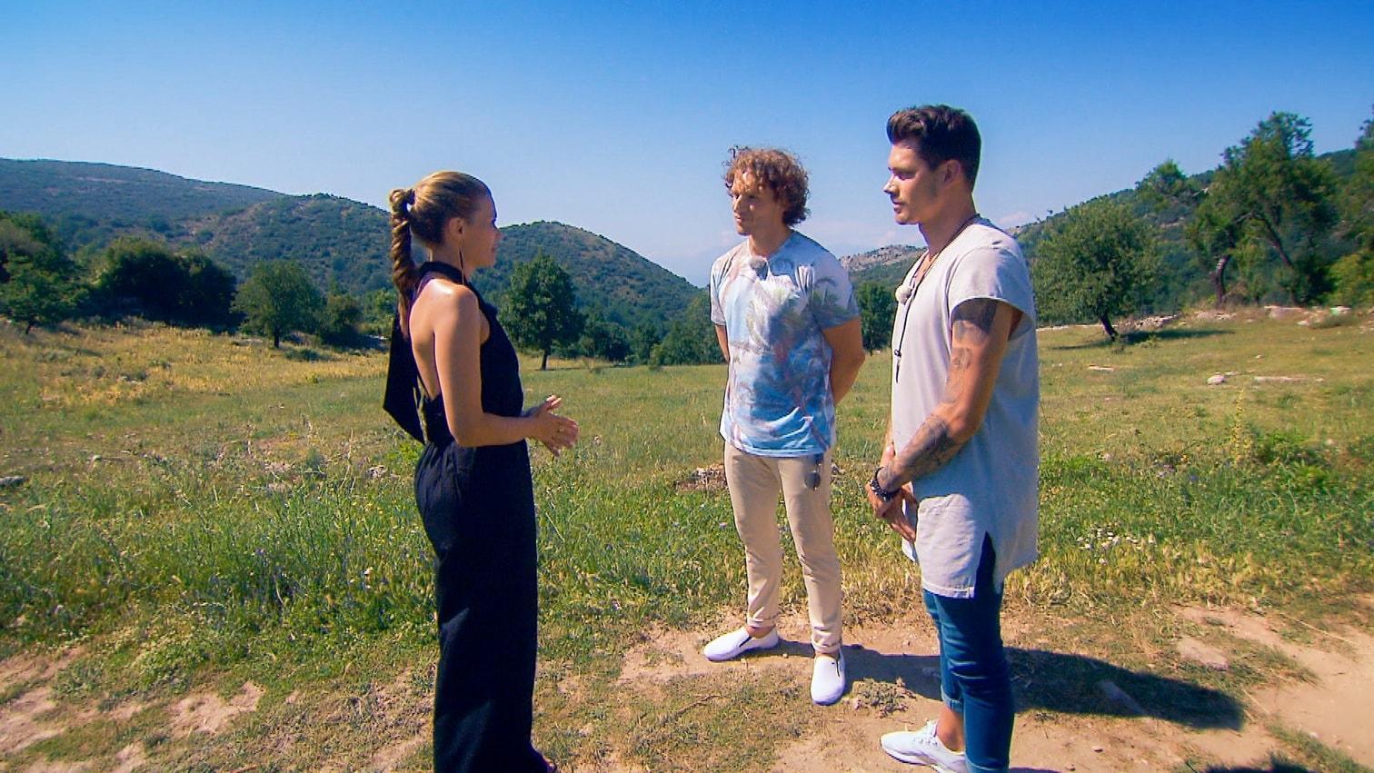 """wer darf bleiben? Nadine Klein sortierte in der fünften Folge """"Die Bachelorette"""" weiter fleißig aus.</p> Foto: MG RTL D"""