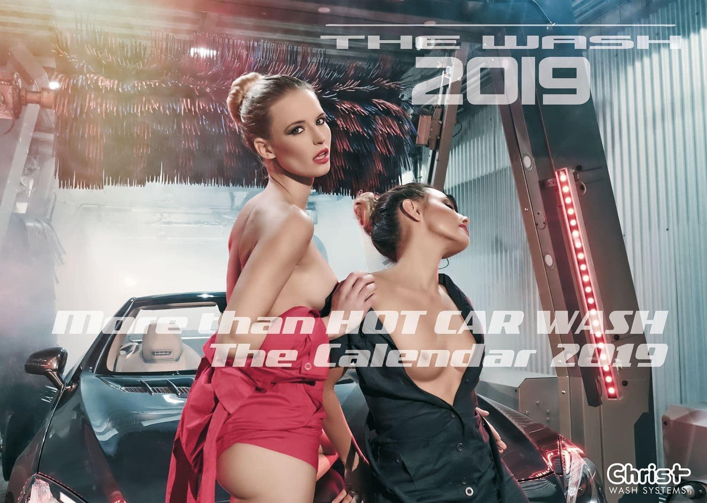 """<p>Er ist wieder da: Der """"Hot Car Wash""""-Kalender erscheint für 2019 wieder in einer limitierten Auflage.</p> Foto: © Copyright Otto Christ AG – Wash Systems"""