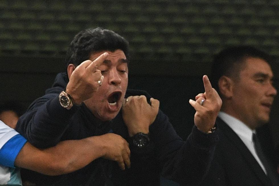 <p>Für besonderes Aufsehen sorgte seine Stinkefinger-Geste.</p> Foto: AFP