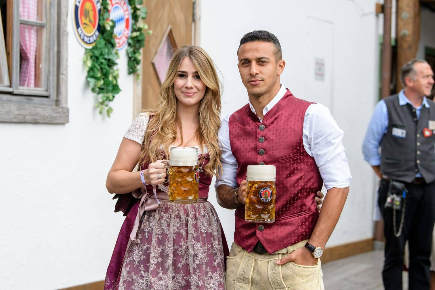 Oktoberfest : Prosit! So feiert der FC Bayern auf der