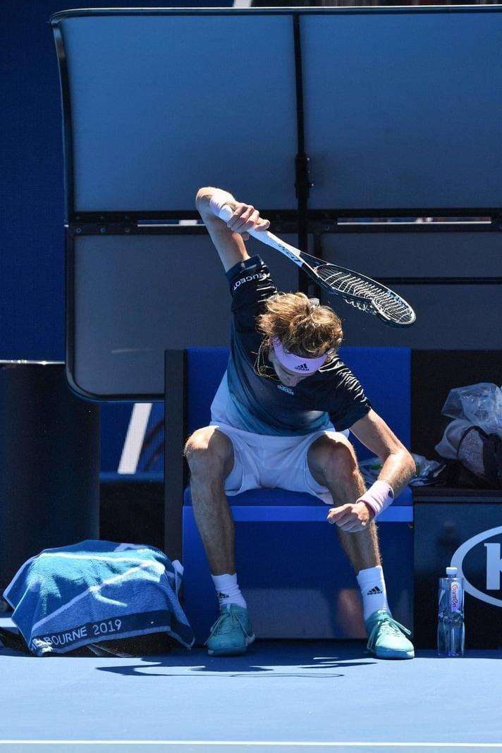 ist das erste Grand-Slam-Turnier des Jahres für die zuletzt hoffnungsvollen deutschen Tennis-Stars eine Veranstaltung zum Vergessen.</p> Foto: dpa/Julian Smith