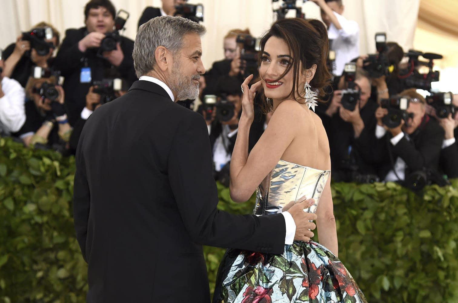 <p>George Clooney mit seiner Amal</p> Foto: dpa/afp