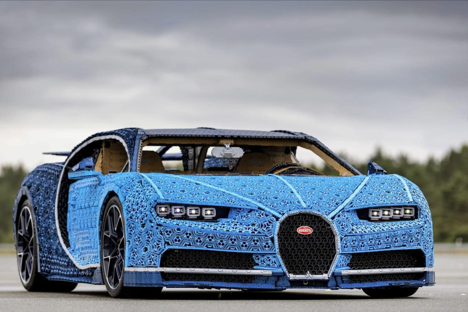 <p>Der Spielwarenhersteller Lego hat den Supersportwagen&nbsp;Bugatti Chiron in Originalgröße nachgebaut.</p> Foto: The LEGO Group